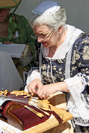 A weaver at Quebec City's New France Festival (Photo by Melanie Votaw)